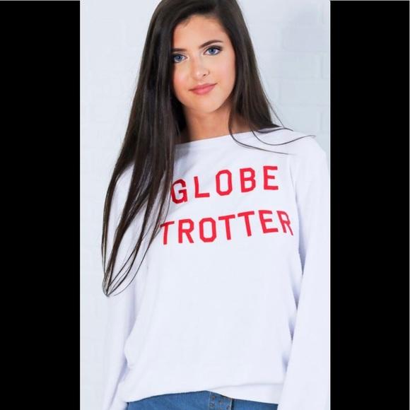 "Wildfox Couture women/'s /"" globe trotter/"" white sweatshirt size S /& M NEW"